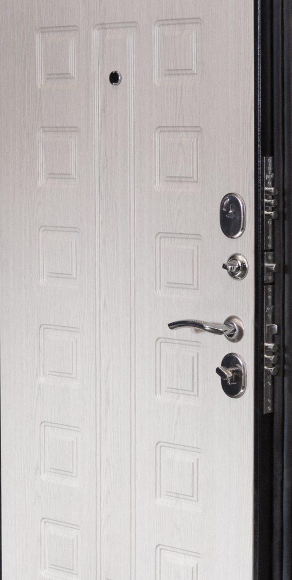 дверь ВОЕВОДА Сармат-1 замки