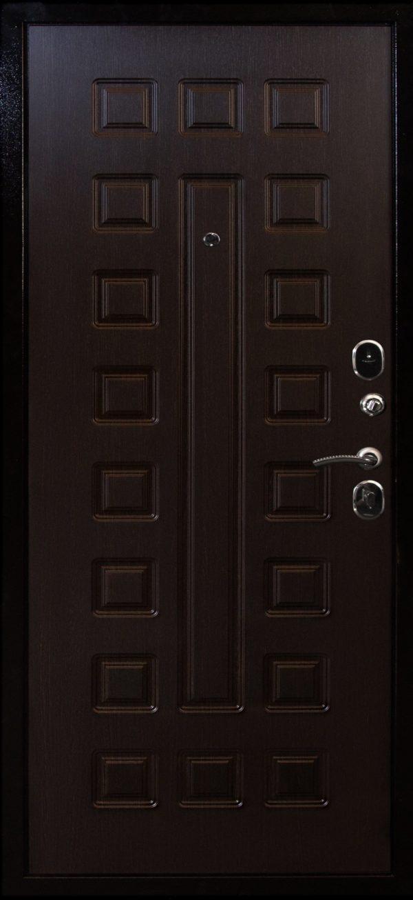 Стальная дверь ВОЕВОДА Сармат-2 внутри